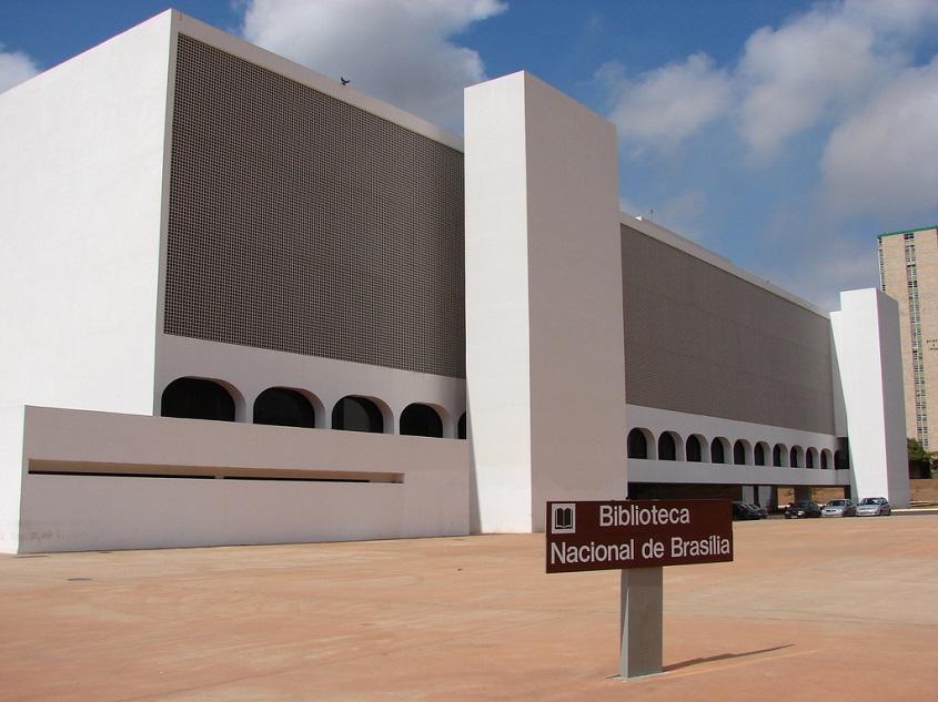 Biblioteca Nacional de Brasília ganha livros de autores negros
